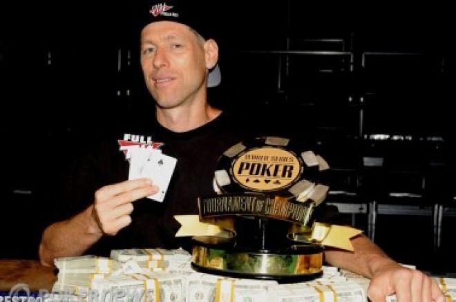2010 World Series of Poker, Día 38: Huck Seed gana el Torneo de Campeones & Se definen los... 0001