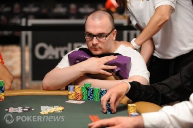 2010 World Series of Poker, Día 41: Billirakis y Nuanmanee en la cima del Día 1D, el 2do... 0001
