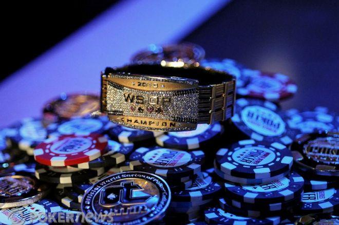 2010 World Series of Poker Ден 43: Assouline води; Димитър Данчев... 0001