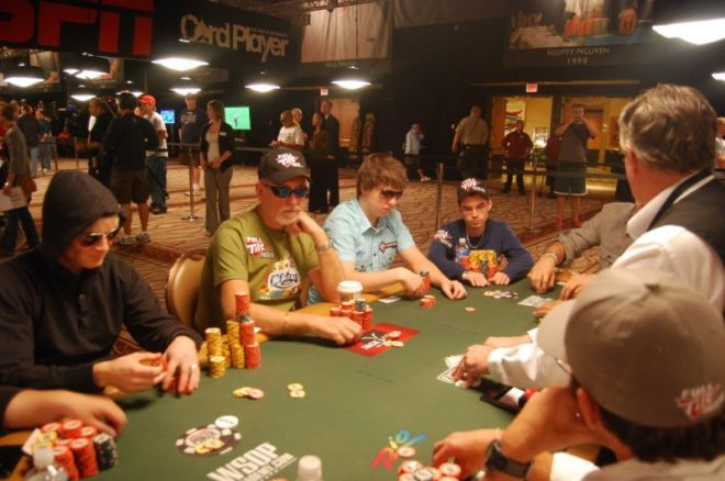 Dream Team Lietuva: Lietuviška Pasaulio pokerio serija baigėsi 0001