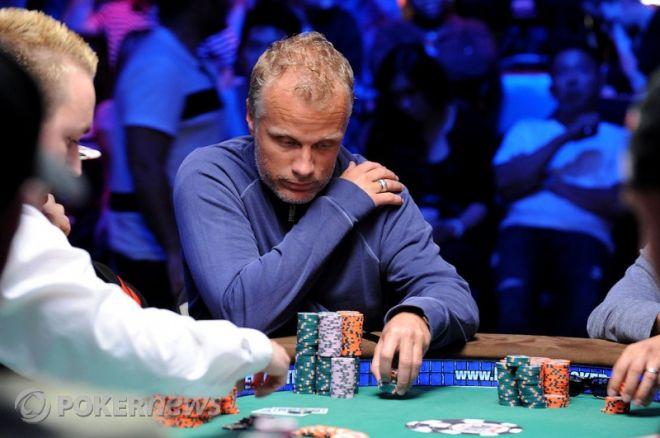 WSOP Main Event Dag 6 - Theo Jørgensen chipleader 0001