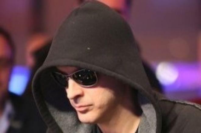 Phil Laak  以最长的扑克比赛时间打破了世界纪录 0001