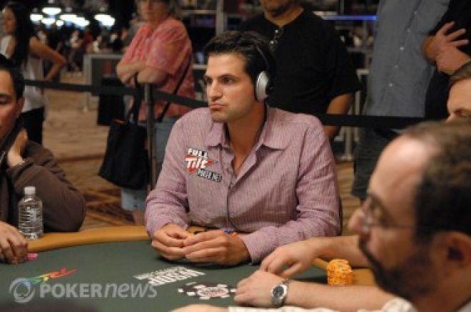 """FTOPS XVII: """"yahoo33"""" vyhrál $300k a Adams zlatý trikot 0001"""