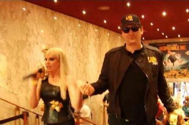 Phil Hellmuth пристига на WSOP Europe с… Lady Gaga 0001