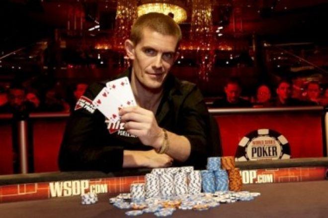 2010 WSOPE Event #4, Den 4: Hansen porazil Collopyho a získává první náramek z WSOP 0001