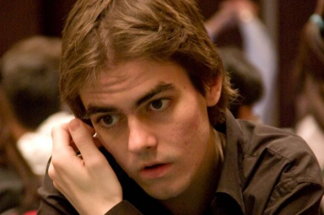 "James ""Andy_McLEOD"" Obst е Играч на PokerStars WCOOP 2010 сериите 0001"