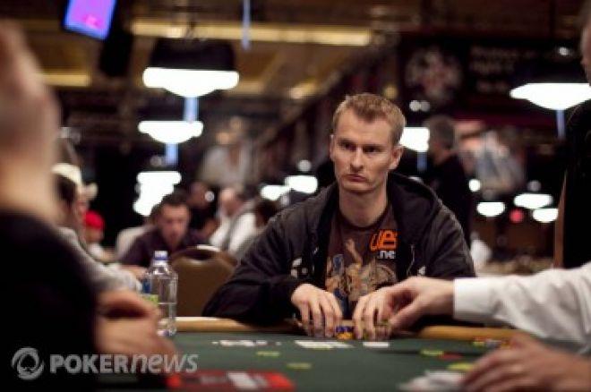 Polední turbo: Fyzikové v pokeru a výměna karty před flopem 0001