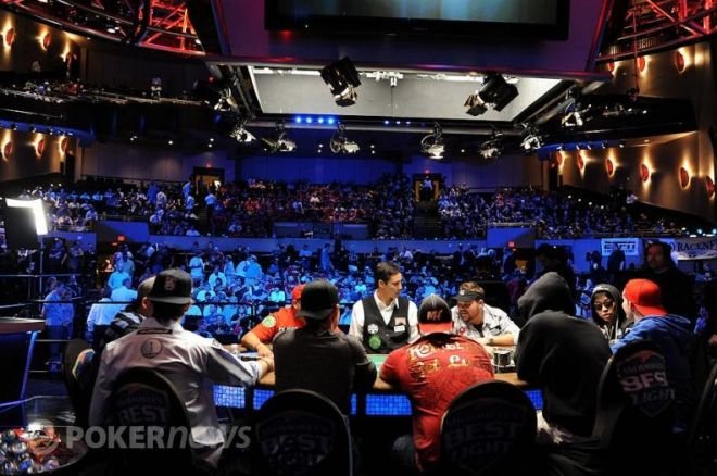 2010 WSOP Main Event: Rozhovory se všemi hráči po dohrátí 0001