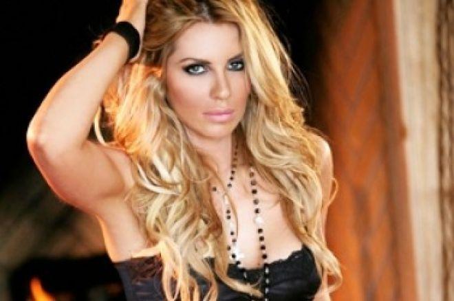Krásná modelka Christina Lindley ukořistila prvenství na USCOOP 0001