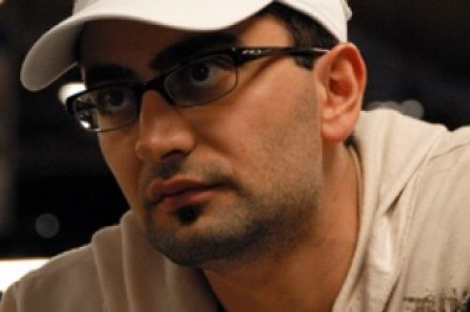 Antonio Esfandiari je stále v čele Five Diamond World Poker Classic 0001