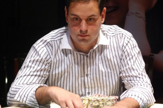 2010 PokerStars.net APPT Sydney Day 3: Roland de Wolfe Leads Final Table; Karamalikis, Sabat... 0001