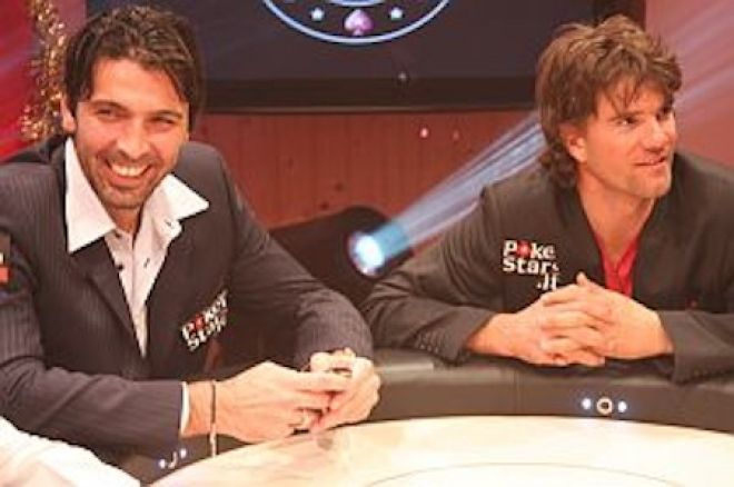 Джиджи Буфон и Алберто Скиавон на покер масата
