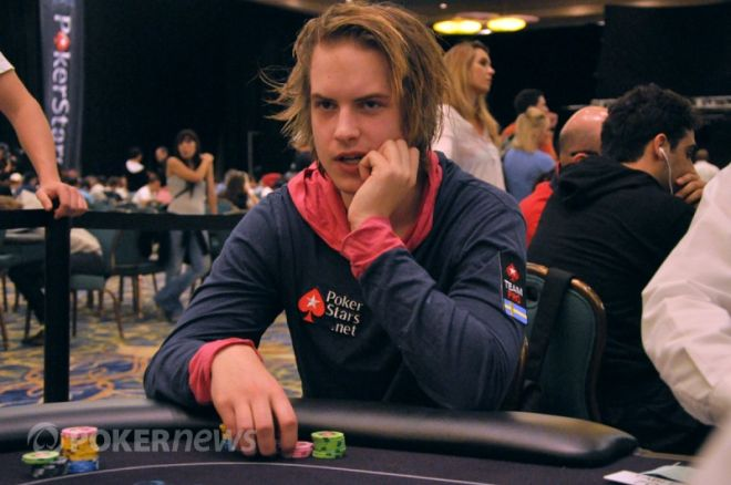 "2011 PokerStars Caribbean Adventure Main Event: Moneymaker, ""Isildur1"" & Pilgrim Thrive on... 0001"