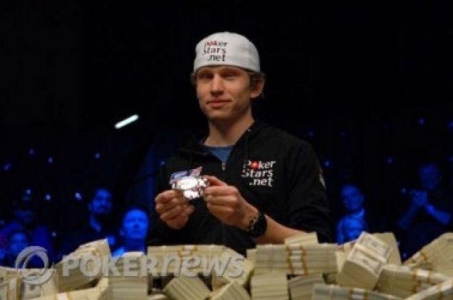 2010. gada TOP 10 stāsti: #4, Pīters Īstgeits pamet pokeru, eBay izsolē tiek pārdota WSOP Main Event aproce 0001