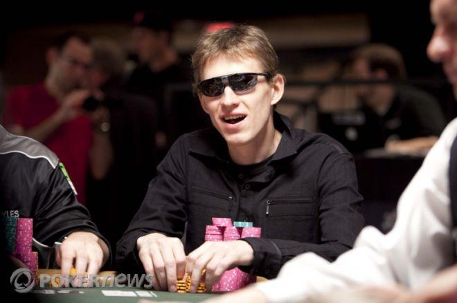 Александр Кузьмин выигрывает турнир WPT Southern Poker... 0001