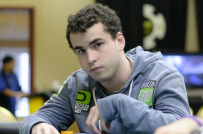 WSOP apyrankės savininkas analizuoja turnyro ranką 0001