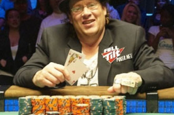 Gavin Smith osvojio prvu narukvicu - Event #44 WSOP 2010 0001