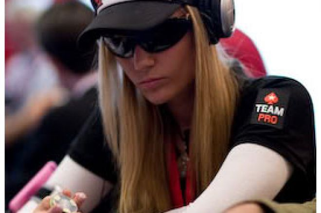 Vanessa Rousso u vodjstvu medju zvezdama na finalnom stolu WPT Five Diamond Classic 0001