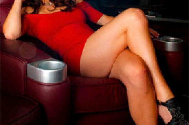 """Liv Boeree se slikala za magazin """"Maxim"""" 0001"""
