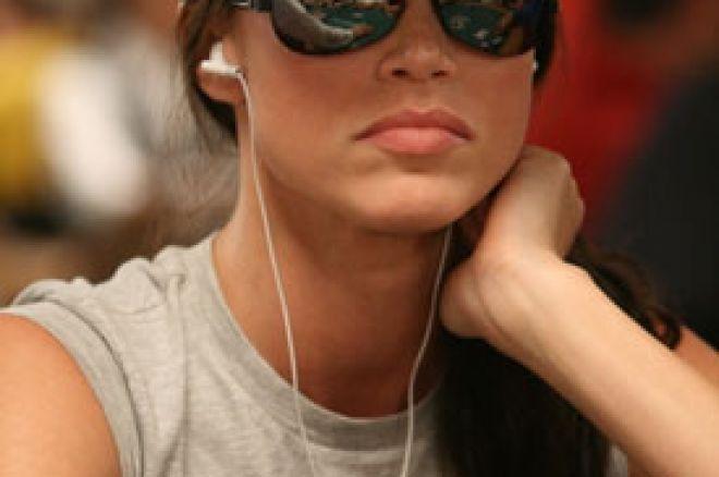 Shannon Elizabeth vara poker igrače? 0001