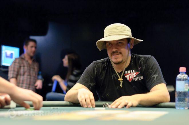 Carlos Mortensen spelar WPT L.A Poker Classic 2011 final