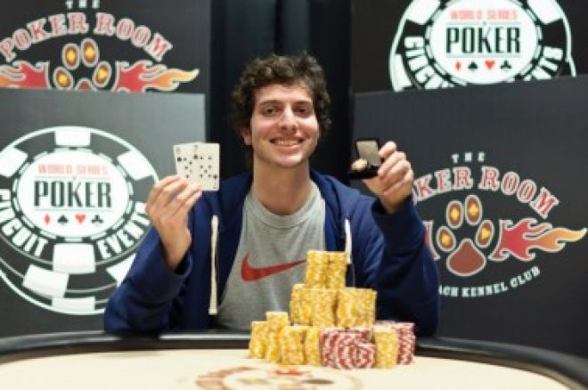 John Riordan, de 19 años, es el campeón más joven del circuito de las  WSOP 0001