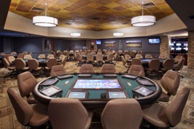 PokerNews klausia: Ar gali pasiteisinti pokerio klubai su elektroniniais stalais? 0001