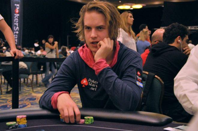 """2011 WSOP uustulnukate tutvustus: Viktor """"Isildur1"""" Blom 0001"""