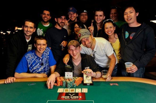 2011 World Series of Poker 15. nap: Fridvalszki a 4. lett az $1.000 NLHE-en 0001