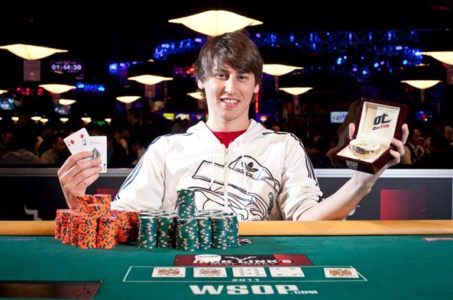WSOP Event #56: Hasan Anter sa Royal Flush-om odnosi pobedu 0001