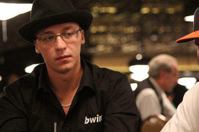 """2011 WSOP: Arī Dmitrijs """"PPL"""" Meļešs iekļūst WSOP ME otrajā dienā 0001"""