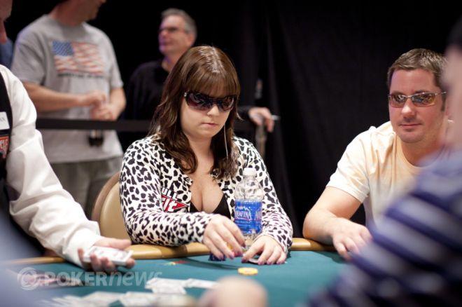 Pokera spēlētāji: Anete Obrestada - Uzvarēt turnīru, neredzot savas kārtis 0001