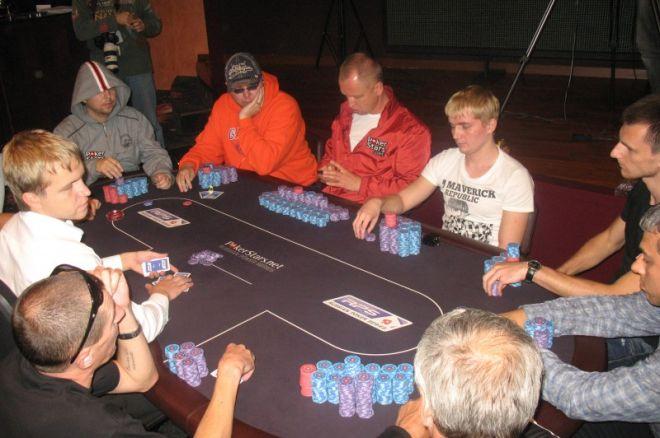Кравченко и Патейчук на финальном столе Main Event RPS... 0001