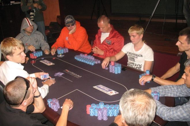 Кравченко і Патейчук на фінальному столі Main Event RPS... 0001