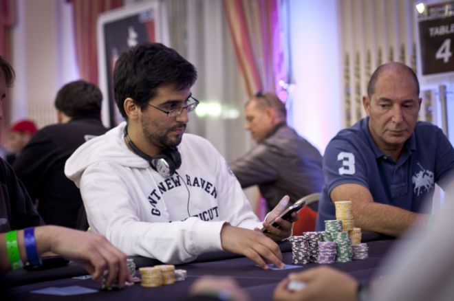 5 Portugueses no Dia 2 do Main Event WSOPE 2011 0001