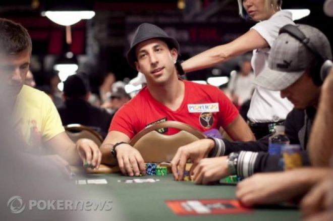 Pokerio profesionalas: kaip elgtis su savo klientais? 0001