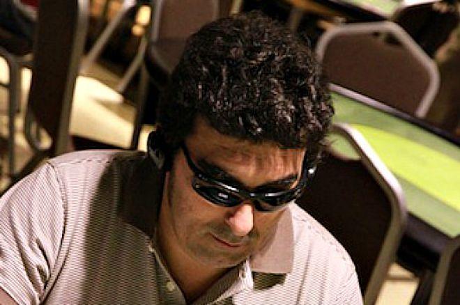 El chip leader, Manuel Salvador