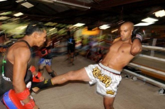 A profi pókeres is ember: Muay Thai edzőtáborban volt Ronnie Bardah 0001