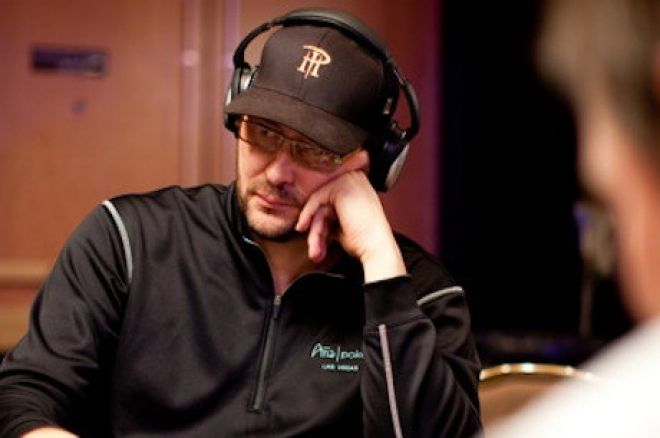 World Series of Poker 2012 Dzień 13: Schaefer i Friedman wygrali, Hellmuth w 2 dniu Razz 0001