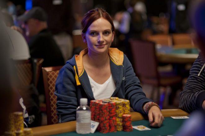 Eliabeth Hille er nr 6 etter Dag 4 av WSOP Main Event - 3 Norske til Dag 5 0001