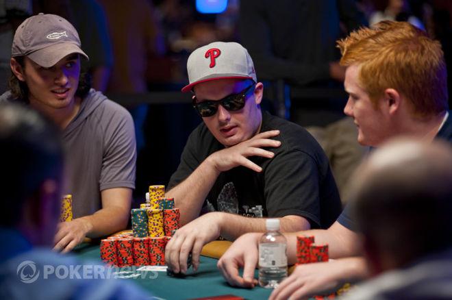 World Series of Poker dzień 48: Volpe prowadzi, wielu znanych w grze 0001