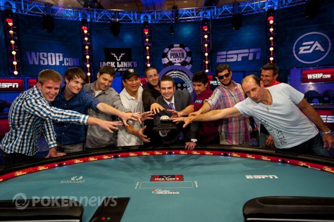 WSOP pagrindinis turnyras  2012: susiformavo stipriausiųjų devintukas 0001