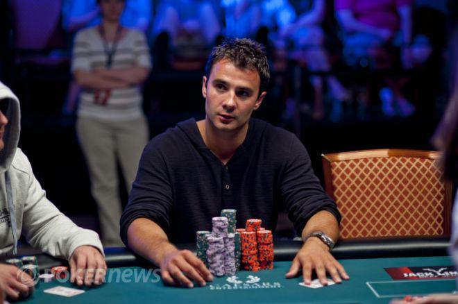WSOP 2012 Day 6: Ладусер лідирує, в грі 27 учасників 0001