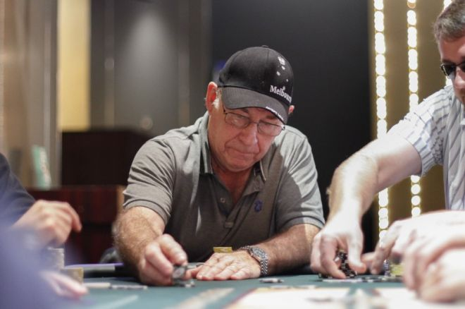 2012 PokerStars.net APPT Melbourne Day 2: Wayne Bentley Leads 0001