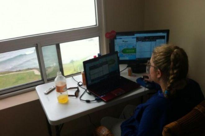 """Czat Online: Katie """"katie75013"""" Stone rozmawia o przeprowadzce oraz Full Tilt Poker 0001"""