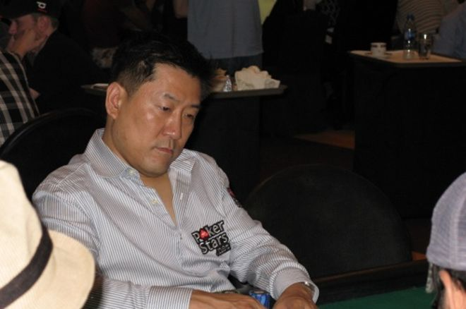 Mike Kim Toma liderato general para el Día 2 0001