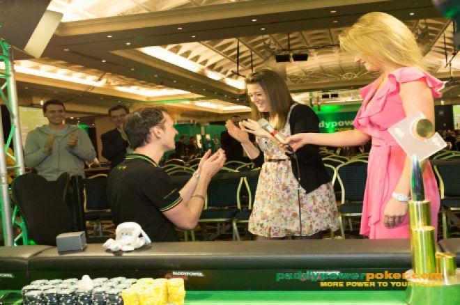 Ian Simpson proposing to his girlfriend