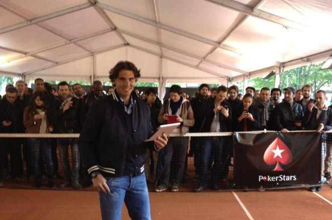 Rafa Nadal se la juega ante 200 fans 0001