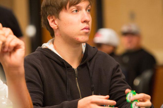 Kristijonas Andrulis išgyveno pirmąją dieną Event #12, $1,500 Pot-Limit Hold'em turnyre. 0001