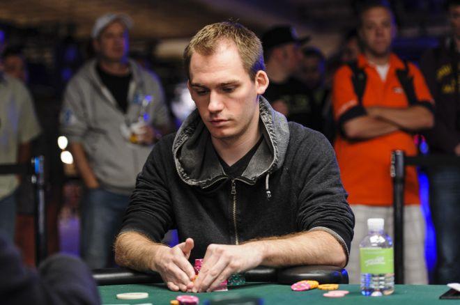 """WSOP 2013: Bonomo e """"Sauce1234"""" in semifinale nel $10,000 heads up, Hellmuth chiude 5° 0001"""